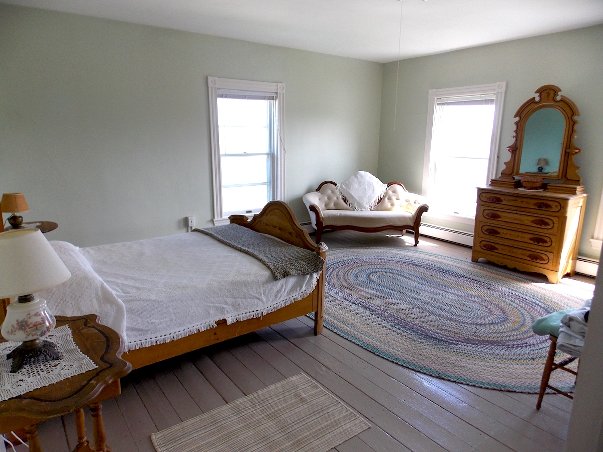 Bedroom at the Farmhouse at Tide Mill Farm